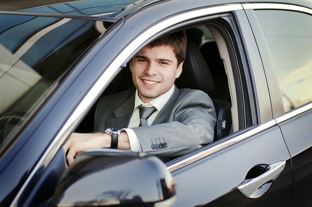 agente-comercial-coche